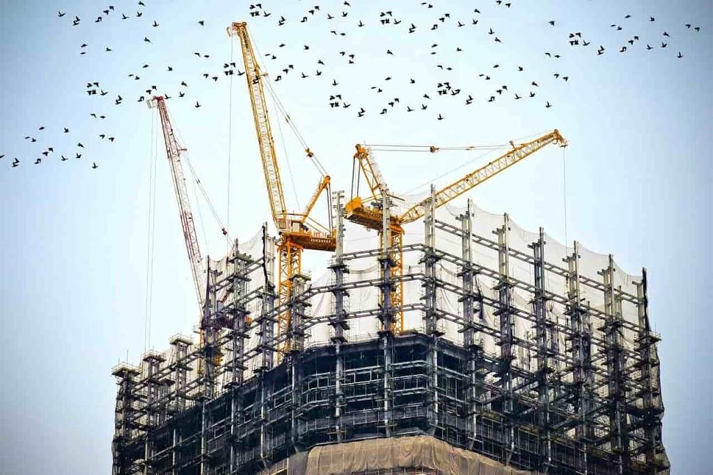 struktur baja pada konstruksi bangunan
